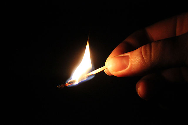 burning_match